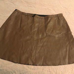 BCBG leather looking mini skirt. S